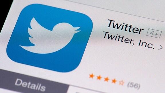 Auf einem iPhone wird im App-Store das Logo von Twitter angezeigt