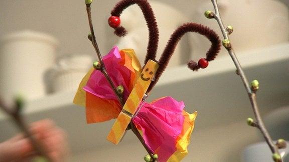 Schmetterling für den Osterstrauß