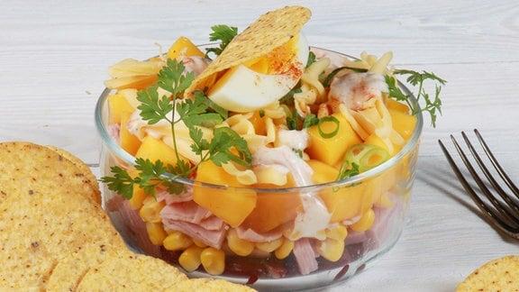 Tex Mex Schichtsalat mit Nachos