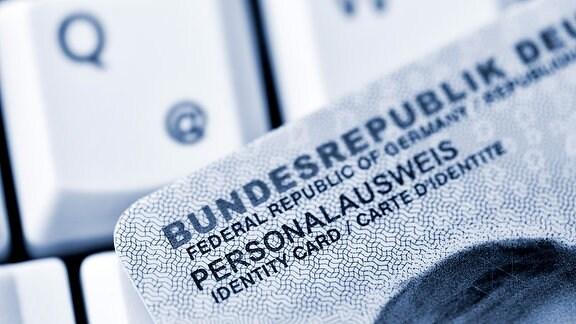 Deutscher Personalausweis mit Online-Ausweisfunktion