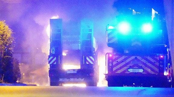 In der Nacht zum 5.11.2019 brannte auf dem Betriebsgelände von Hentschke Bau in Bautzen ein Bagger