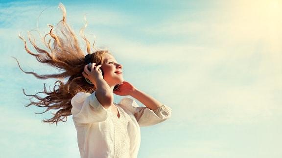 Musik hören Mädchen
