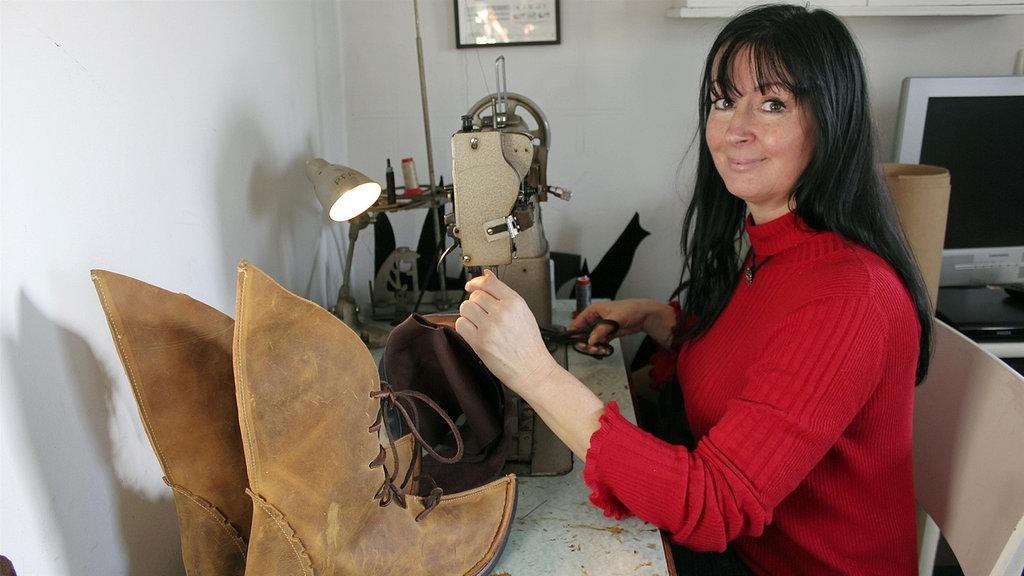 Von Mokassin bis Salamander - Schuhproduktion in Weißenfels   MDR.DE