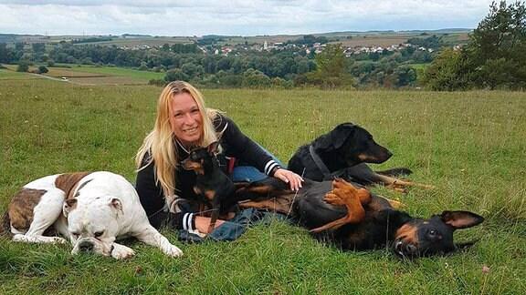 Juliane Hille kam mit einer Hundeschule aus Ostfriesland in die Sächsische Schweiz zurück.