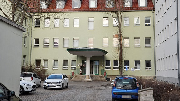 Haupteingang zum Krankenhaus in Sömmerda