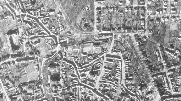 Luftbild von Nordhausen (Zentrum) vom 22.03.1945