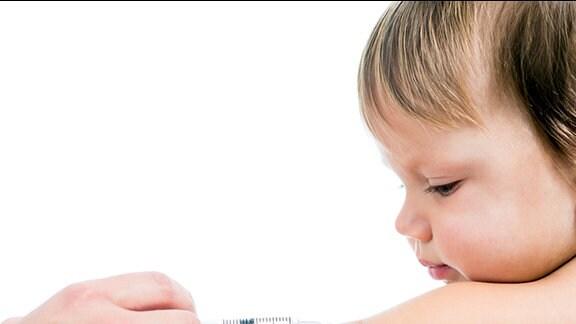 ein Kind wird geimpft