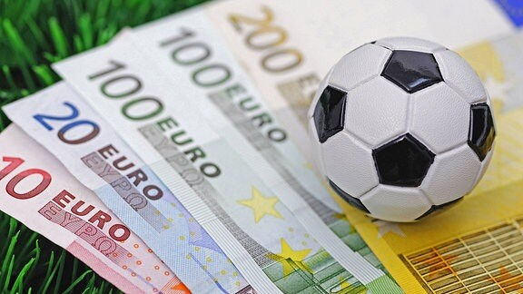 Fussball auf Euroscheinen